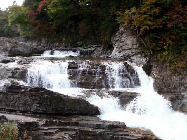 三段の滝.jpg